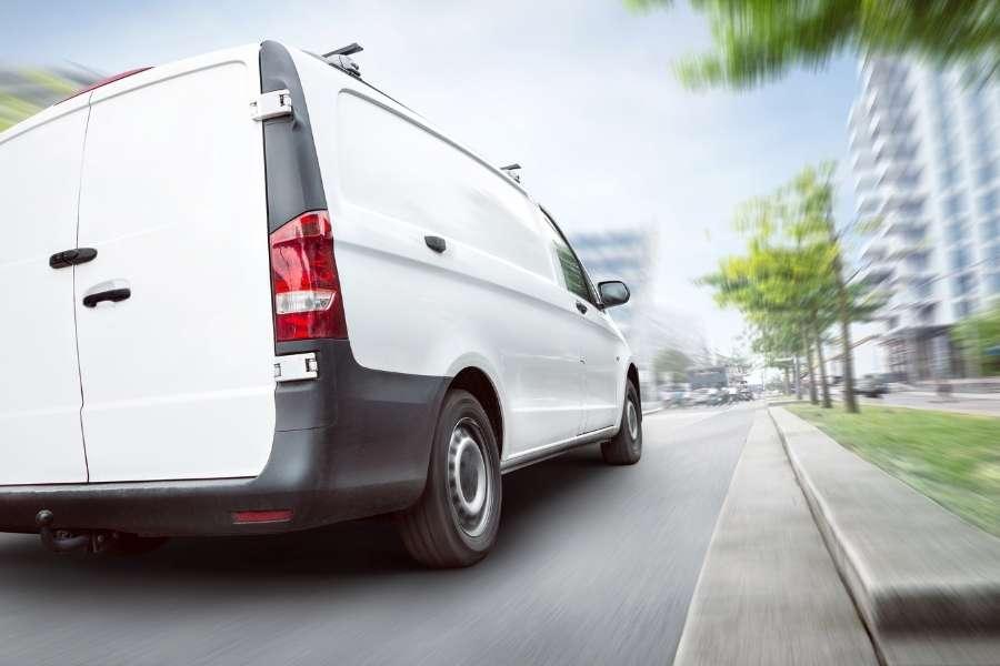 Qué debe cubrir un seguro para furgonetas barato